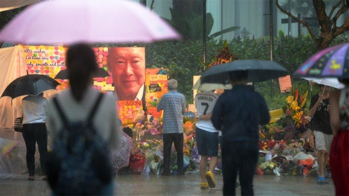 https://assets.roar.media/assets/t8IZMVfETwE7Er30_Lee-Kuan Yew.jpg